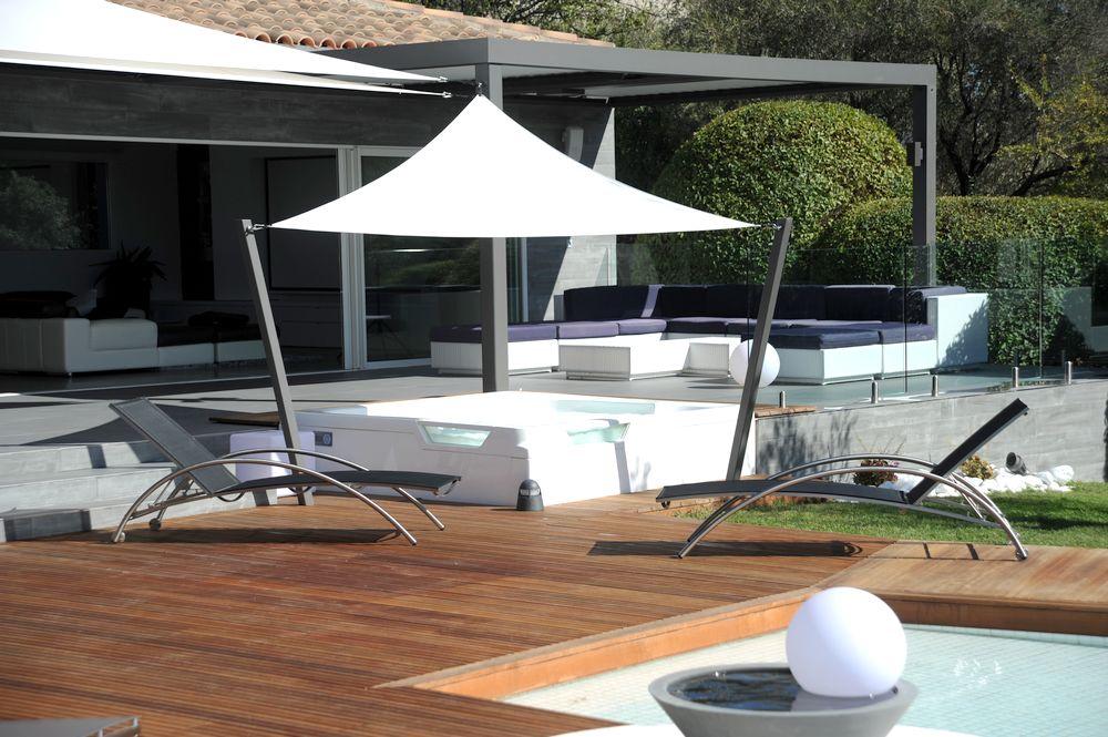 installation spa exterieur Urban semi-encastré en terrasse